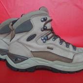 Отличные термо ботинки 39-40р Lowa Gore-Tex Германия