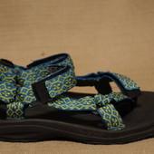 Легкие яркие текстильные трекинговые сандалии Teva S/N 6294 39 р.