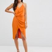 Платье c V- образным вырезом Asos L
