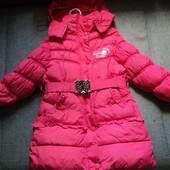 фирменное зимнее пальто на 4-6 лет