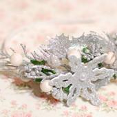 Обруч ободок новогодний бело-серебристый со снежинкой