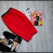 Шикарная красная юбочка карпндаш