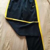 Утеплённые плотные спортивные штаны фирменные Nike the athletic dept р.50