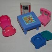 разные аксессуары для маленьких куколок барби и не только