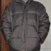 Пуховик фирменный коричневый, классный,Голландия