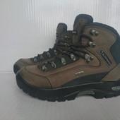 В идеале термо ботинки 36.5-37р Lowa Gore-Tex Германия