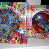 Подарочный набор посуды с героями из мультфильмов.