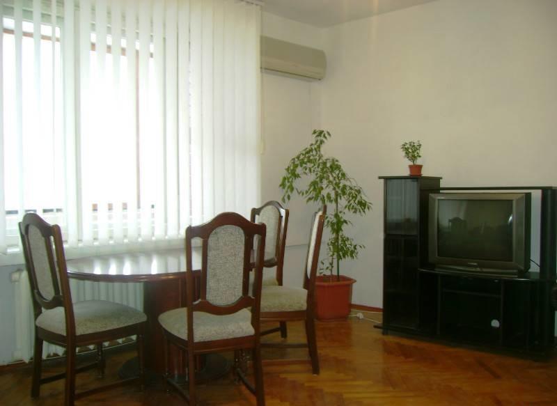 Сдам квартиру 4 комнатную возле м. печерск старонаводницкая 8 без комиссий  общая 110 м2, жилая 75 м фото №1