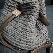 Стильная сумка-торба из трикотажной пряжи. Ручная работа