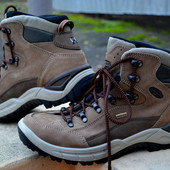 Всесезонные ботинки Lowa Gore-tex 41р
