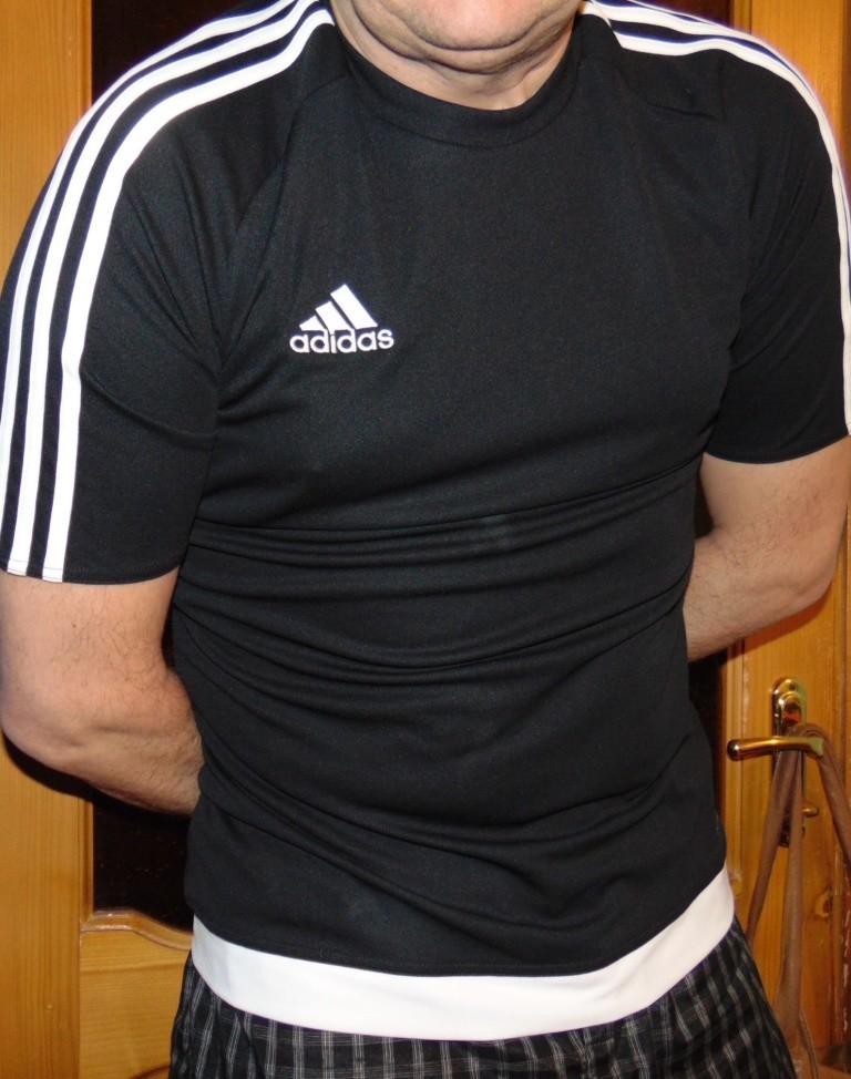 Спортивная фирменная футболка Adidas м-л . фото №1