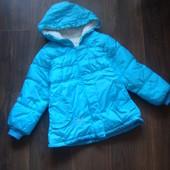 Зимняя курточка для девочки на 3-4 года