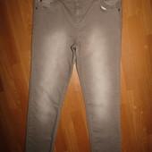 джинсы р-р 12 стрейч бренд M&S