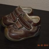 Шкіряні ортопедичні ботінки (кросівки) Chicco розм. 19 в гарному стані