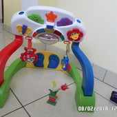 Chicco ігровий центр для маляток