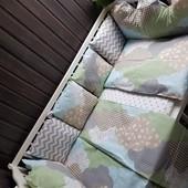 Комплект в кроватку Милые облачка в наличии