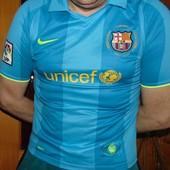 Спортивная фирменная футболка  nike ф.к Барселона Smith s-m