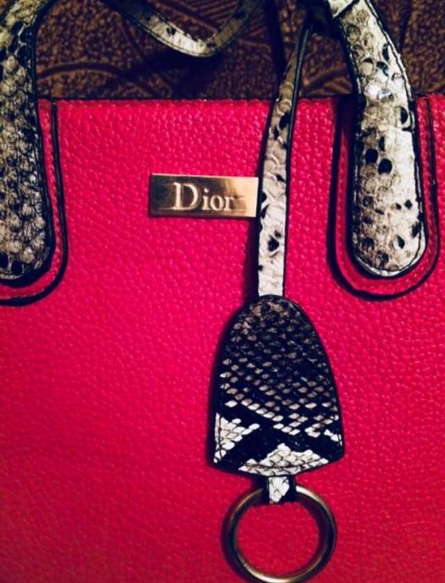 Продам сумку dior, цена 200 грн - купить Сумки и чемоданы бу - Клумба c9127136cb0