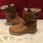 Ботинки із натурального нубука і замші,від Tamaris,на овчині,розмір 39,стелька 25,5