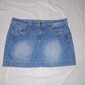 M-L, поб 48-50, модная джинсовая юбка с потертостями Dorothy Perkins