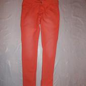 XS-S, поб 44-46, яркие! укороченные узкачи с потертостями! Esmara джинсы скинни фирменные!