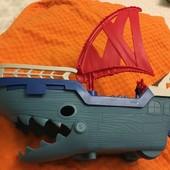 Потрясающий огромный пиратский корабль fisher price