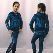Велюровый костюм для девочки 128-140рр