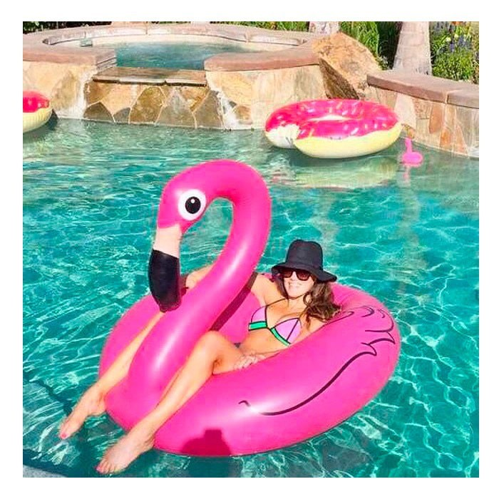 Надувной круг фламинго 120 см фото №1