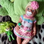 Новое платице с повязочкой для любимой куклы.