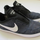 Кеды Nike  размер EUR 41, стелька 26 см
