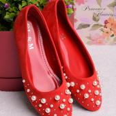 Яркие женские легкие балетки красного цвета