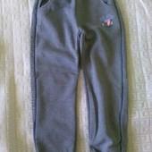 Спортивные штаны начесом р.128 Венгрия