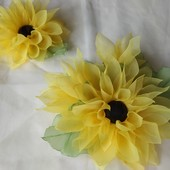 Подсолнух из шифона заколка,  брошка,  цветок на руку,  цветы из шифона