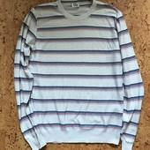 Легкий мужской свитер размер S/M