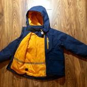Куртка деми H&M спорт  на 6-7 л.