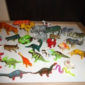 Большой лот фигурок: динозавры, животные