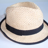 Красивая шляпка детская подростковая бренда C&A - Германия