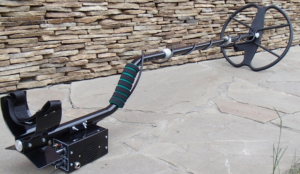 Продам легендарный металлоискатель кардинал-профи с датчиком дд 32 см. фото №1