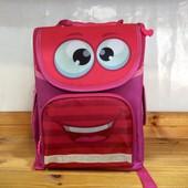 Яркий каркасный ортопедический школьный рюкзак