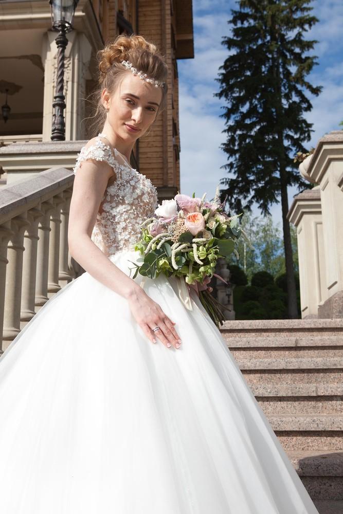 Свадебное платье s (44) рост 180 фото №1