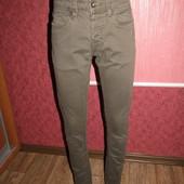 джинсы парню р-р 28/S бренд Smog