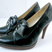 Модные изящные брендовые кожаные туфли New Look на каблуке Размер 5/38