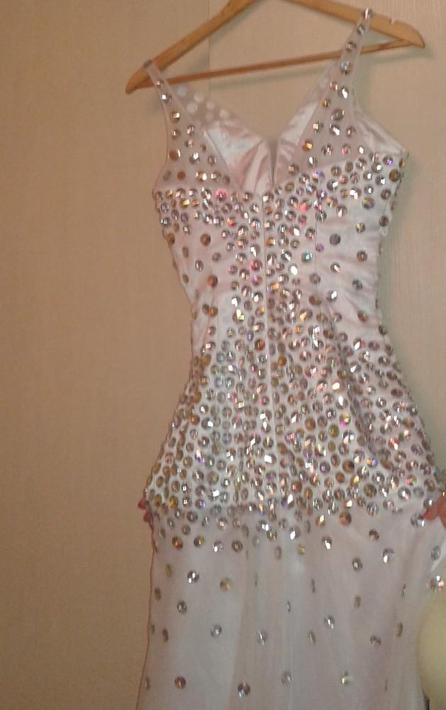 ((( потрясающее свадебное платье фото №1