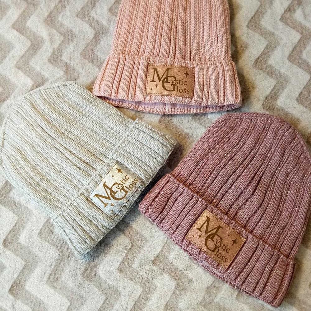Блестящая шапка мистик зима. фото №1