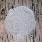 Нарядная фирменная рубашка для мужчины. размер М