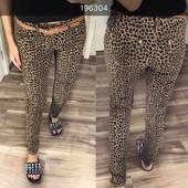 Отправка после оплаты! Трендовая модель джинс с принтов леопард в комплекте с поясом рр 25-30