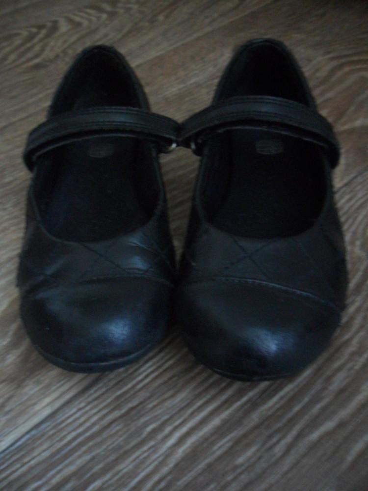 Кожаные туфельки clarks. 17 см стелька фото №1