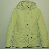 Классная, стёганная деми куртка Isle, размер 10, наш примерно 46/48