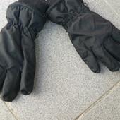 Перчатки зима на 5-6 лет.