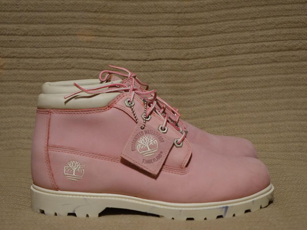Нежно розовые фирменные ботинки из натурального нубука timberland 9,5 фото  №1 0f759091c42